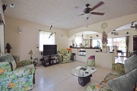 Spacious Living Area in Bimshire