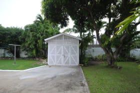 Garage/storage shed