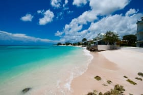 Stunning Barbados beach 2 mins. walk