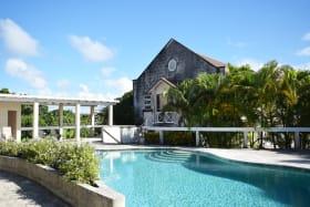 Shared pool beside Skippers House
