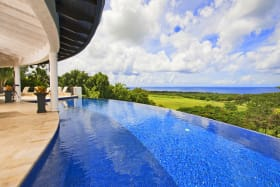 Infinity pool with phenomenal sea views