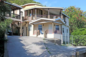 Grand Anse Hill Top Apartment