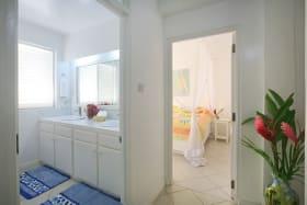 Apartment Bedroom with En-suite Bathroom