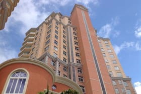 Renaissance Towers 7E