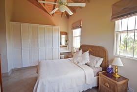 2nd Bedroom - en suite