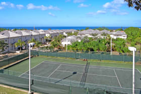 Available tennis courts