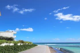 Barbados Boardwalk 5 Mins Away