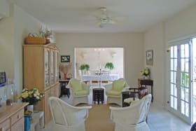 Living area to dining room