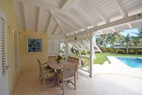 Patio dining / pool deck