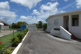 Driveway and Garage Outbuilding
