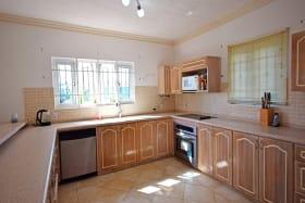 Large bright Kitchen