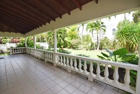 Large ground floor patio