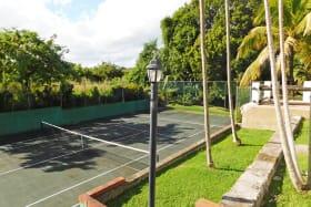 International size Tennis Court
