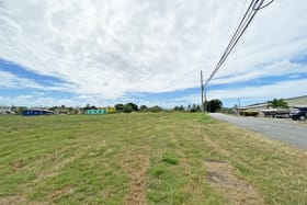 4.1 acre site in Lowlands