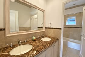 1st floor shared bathroom