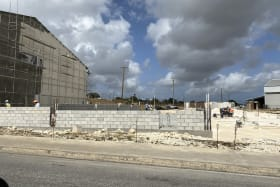 Warehouse under construction to right - excellent visibility from the Belle Road