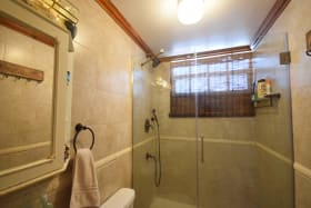 Shared bathroom in cottage no 2