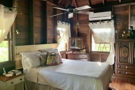 Bedroom - Upper floor