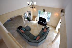 Cozy Living Room Setting