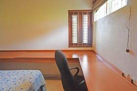 Guest bedroom/ office
