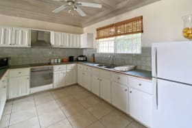 Spacious and neat kitchen