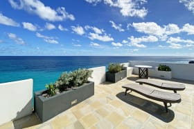 Deck with gorgeous sea views