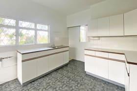 Top Floor 3 Bedroom Apt - Kitchen