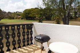 Patio B'bcue and golf course view