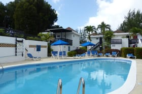 Golden Grove communal pool