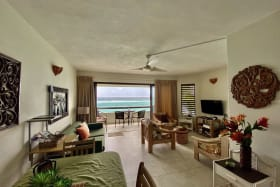 Open plan with fantastic sea view