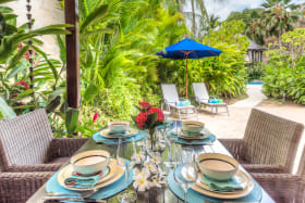 Al fresco dining and lounging in private garden