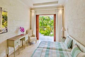2nd Guest bedroom with en suite