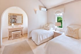 2nd Guest bedroom in main house