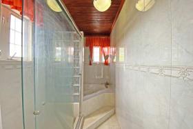 Ensuite Bathroom in Main Bedroom