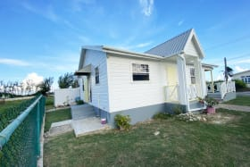Well appointed 2-bed 1-bath property