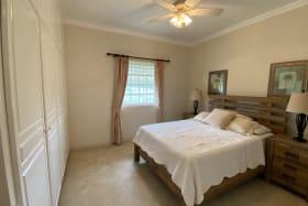 2nd Bedroom - Good Closets