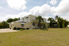 Large family home with excellent garden space