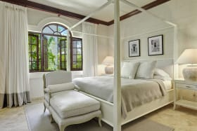 Bedroom 2 in Main House