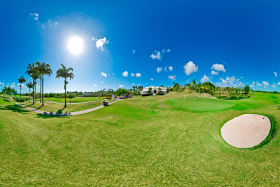 Westmoreland golf course in front of clubhouse