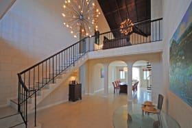 Beautiful entrance foyer