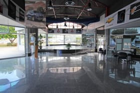 Showrooms 4 and 5