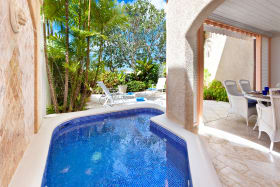 Inviting plunge pool