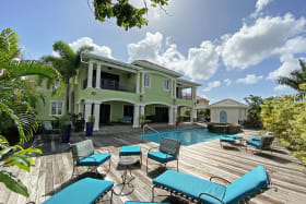 Fabulous property in Fort George with pool