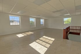 Large open space - Upstairs