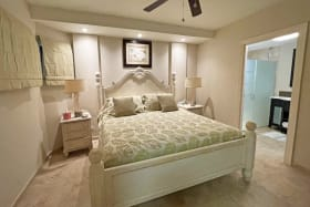 Bedroom with en suite