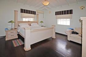 Bedrooms with Air Condition