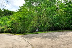 Land Straight ahead. Corner lot