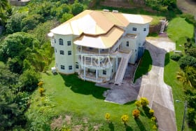 Copland Villa #A