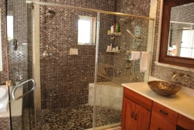 Intricate Tilework in Bathroom