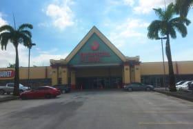Tropical Plaza Shop  No. 9-2